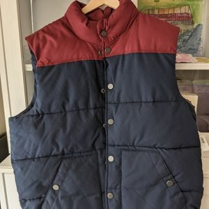 NWT Old Navy Water Resistant Vest Snap Button sz L